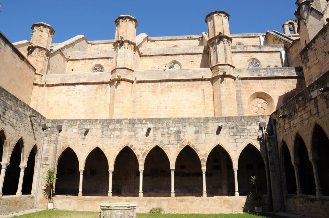 estudios-de-obras-catedral-de-tortosa-claustro-documentaciones