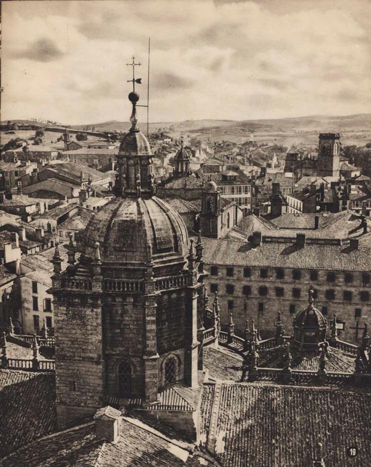 documentaciones-tecnicas-cimborrio-catedral-santiago-Tierras-Hispanicas-1954-propuestas