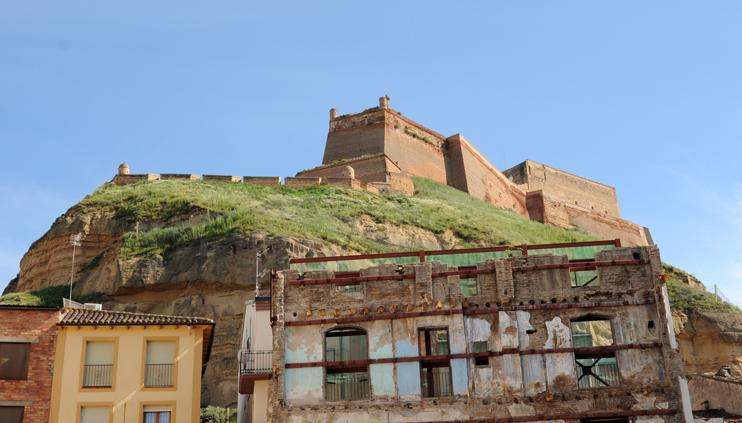 castillo-de-monzon-documentacion-tecnica-licitacion-obras-restauracion