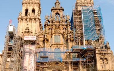 La fachada del Obradoiro y la catedral de Santiago de Compostela