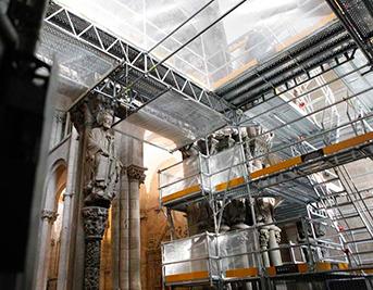 licitacion-fachada-obradoiro-catedral-santiago-andamios-portico