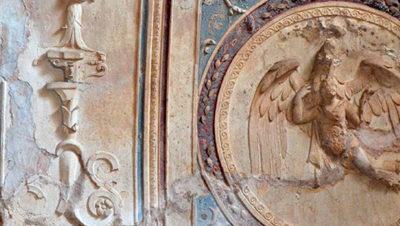 Estuco tradicional de yeso y cal y su espacio en el Patrimonio Histórico